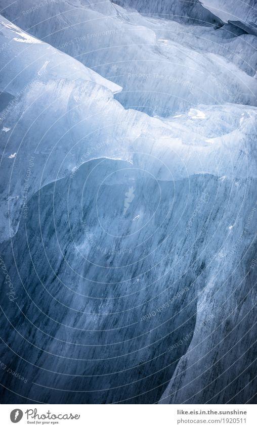 Glazialer Hintergrund. Natur blau Winter kalt Hintergrundbild Eis Klima Urelemente Frost gefroren Island Gletscher Gletscherspalte Eisscholle Gletschereis