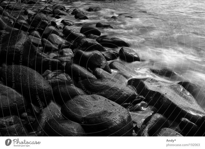 Brandung Natur Wasser Ferien & Urlaub & Reisen Meer Ferne Berge u. Gebirge Landschaft Insel Tourismus Urelemente Bucht Schwarzweißfoto Schlucht Vulkan Atlantik Kanaren