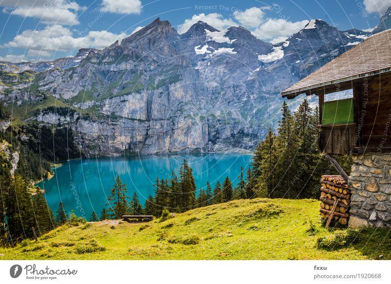 Oeschinensee Natur Landschaft Wolken Sommer Wald Hügel Felsen Alpen Berge u. Gebirge See Hütte wandern ästhetisch gigantisch blau gelb grün Zufriedenheit