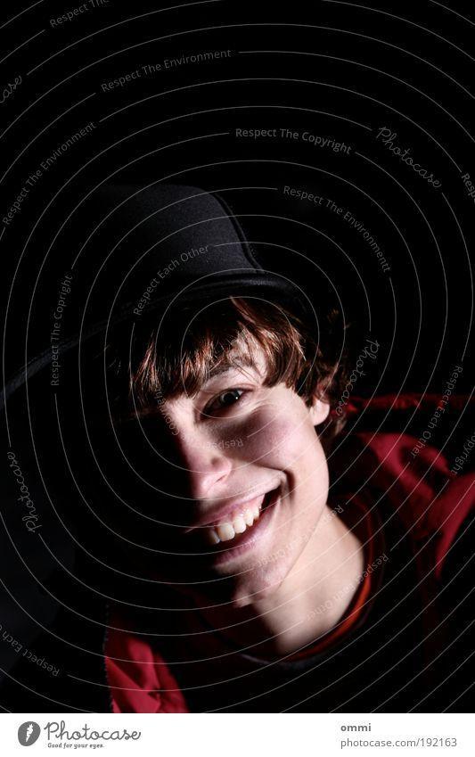 freund-lichT Lifestyle Freude Glück Jugendliche Kopf Haare & Frisuren Gesicht Auge Nase Mund Zähne 1 Mensch 18-30 Jahre Erwachsene Jacke Hut Baseballmütze
