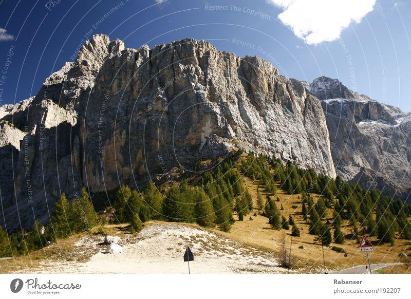 Sellastock Ferien & Urlaub & Reisen Tourismus Ausflug Freiheit Expedition Berge u. Gebirge Umwelt Natur Landschaft Wolken Sonnenlicht Herbst Klima Wetter