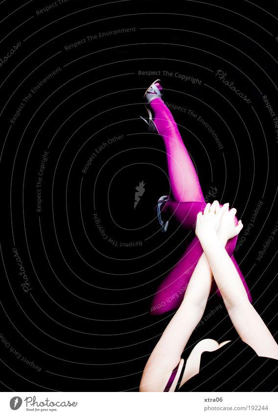 frau mit hut Mensch Frau Jugendliche Hand schwarz Erwachsene feminin Junge Frau grau Beine Mode Fuß Schuhe rosa 18-30 Jahre Arme