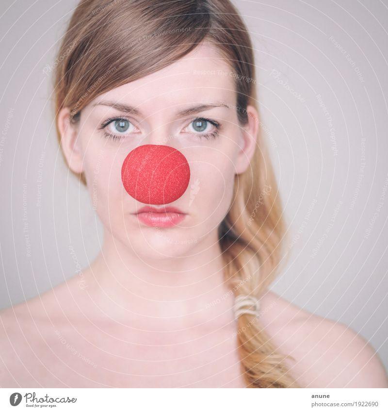 Nicht lustig!? schön Feste & Feiern Karneval feminin Junge Frau Jugendliche Erwachsene Gesicht Nase 18-30 Jahre Theaterschauspiel Schauspieler Zirkus