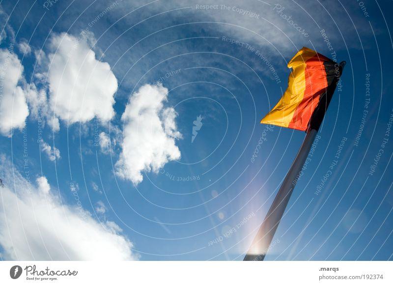Wimpel schwarz gelb Deutschland gold Fahne Zeichen Deutsche Flagge mehrfarbig Gesellschaft (Soziologie) Schönes Wetter Wiedervereinigung Politik & Staat wehen