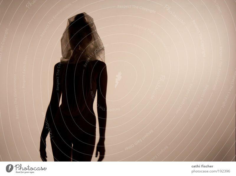 puppe III Mensch Jugendliche schwarz dunkel feminin Körper Erwachsene Arme Model stehen Frau Kunststoff durchsichtig beige Verpackung Plastiktüte