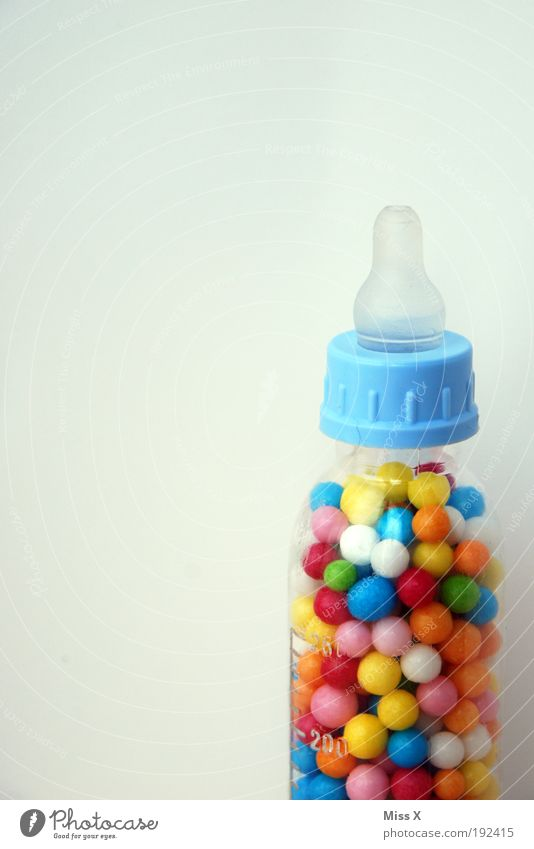 fürs Baby Ernährung Farbe Spielen Lebensmittel süß rund Freizeit & Hobby Übergewicht Kindheit Süßwaren Flasche Zucker Spielzeug saugen ungesund Freisteller
