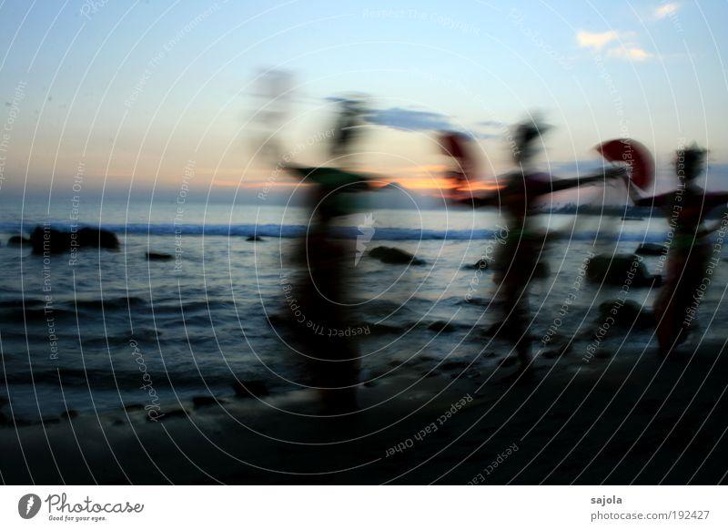 CCL - tänzerinnen am strand Mensch Frau Himmel Natur Wasser Ferien & Urlaub & Reisen Sommer Meer Strand Erwachsene Umwelt Landschaft Bewegung Wellen Tanzen