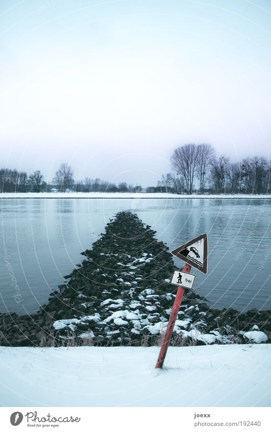 Frei Wasser alt Winter Straße kalt Schnee Stein Landschaft Küste Schilder & Markierungen Verkehr Fluss Zeichen Rhein Verkehrszeichen Licht