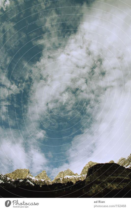 Churfirsten! Umwelt Luft Wasser Himmel Wolken Horizont Klima Wetter Schönes Wetter Unwetter Regen Felsen Alpen Berge u. Gebirge Gipfel Schneebedeckte Gipfel