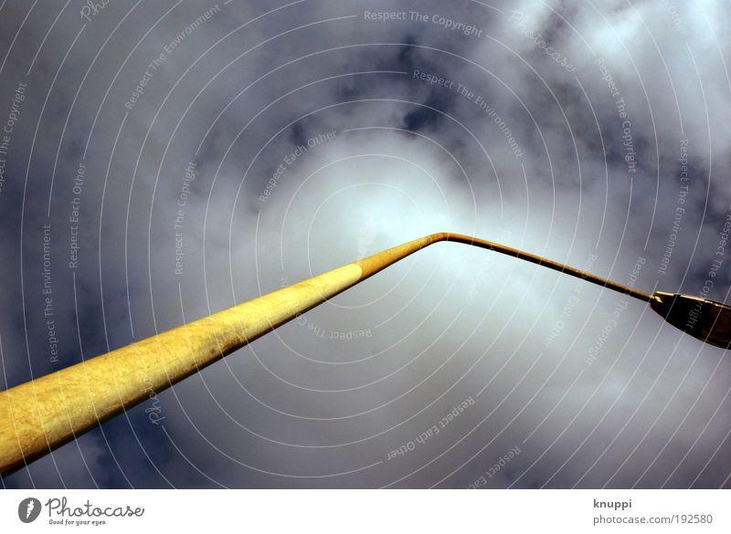 Himmelwärts Himmel blau weiß Winter Wolken gelb Straße Luft Metall Lampe Park Platz frei Energiewirtschaft Industrie Technik & Technologie