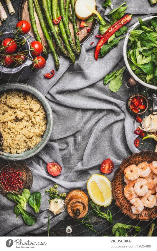 Gesunder Salat mit Spargel und gekochten Quinoa Samen Gesunde Ernährung Foodfotografie Leben Gesundheit Stil Lebensmittel Design Tisch Kräuter & Gewürze Küche