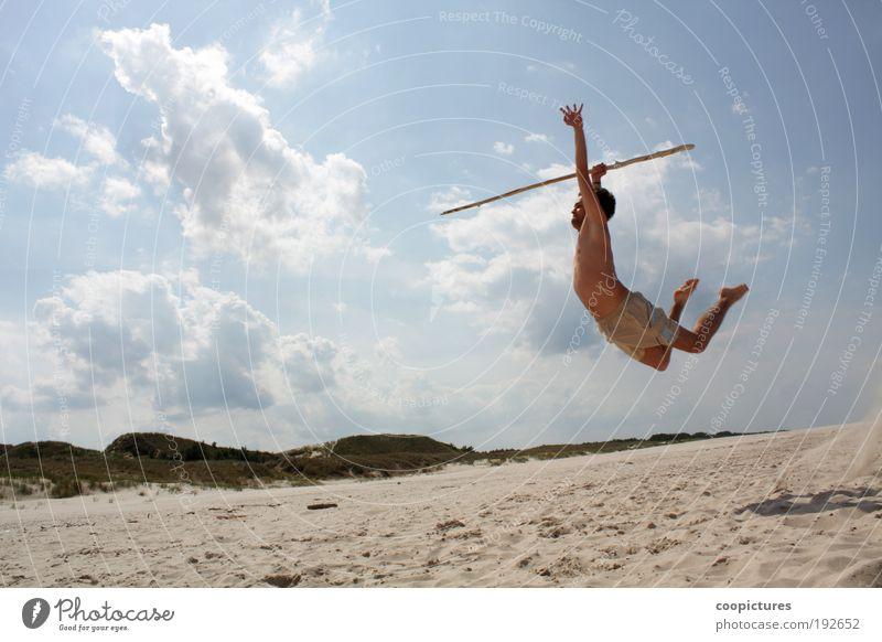 Uwaga Mensch Mann Jugendliche Sonne Sommer Strand Wolken Erwachsene Leben Landschaft Sport Freiheit Bewegung Sand springen Kraft