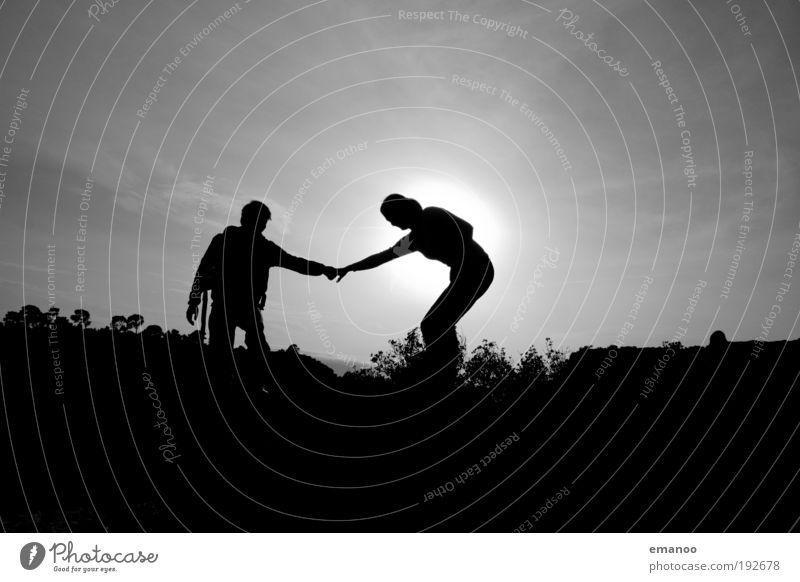 helping hand Mensch Natur Hand Baum Sonne Sommer Ferien & Urlaub & Reisen Liebe schwarz Freiheit Paar Landschaft Freundschaft Zufriedenheit Arme