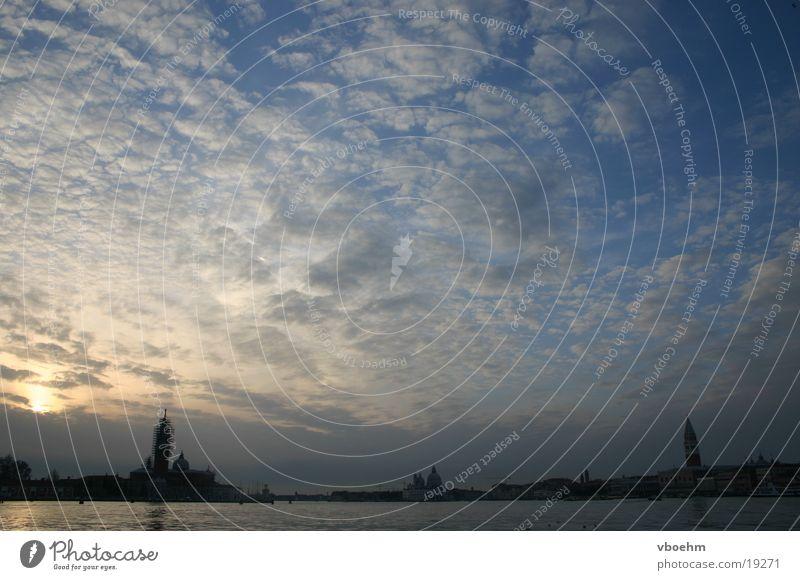 Dämmerung #1 Wolken Italien Venedig Himmel Abend Lido