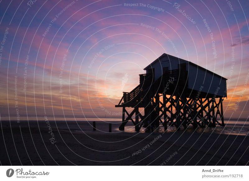 SPO Strand ruhig Ferne Wege & Pfade Sand Küste Wetter Unendlichkeit Gelassenheit Hütte Steg heilig harmonisch Pfosten Sonnenuntergang Ebbe