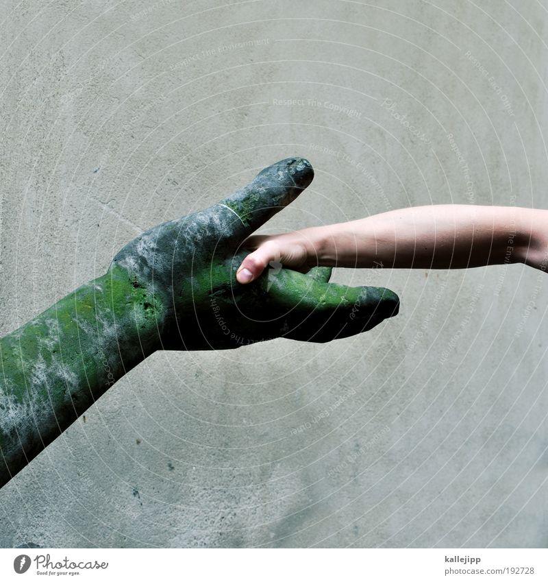 generationenvertrag Mensch maskulin Mann Erwachsene Arme Hand Finger 1 Kunst Kunstwerk Skulptur berühren Hallo Begrüßung Hände schütteln Gastfreundschaft