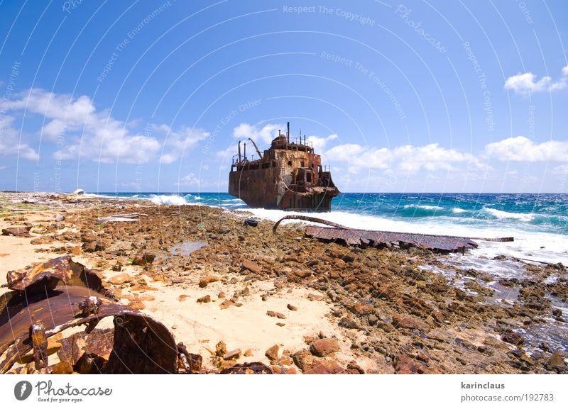 Wasser Meer Ferien & Urlaub & Reisen Sand Landschaft Wasserfahrzeug Wellen Küste Horizont Erde Tourismus Ruine Erosion Schiffswrack driften