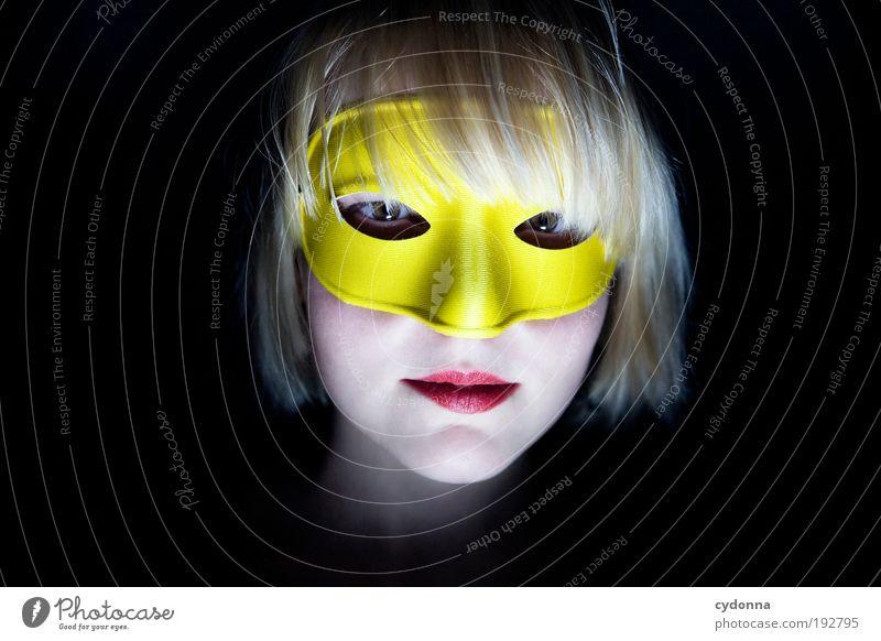 Maske Mensch Frau Jugendliche schön Erwachsene Gesicht gelb Leben Kopf Stil träumen Feste & Feiern 18-30 Jahre elegant Design Idee