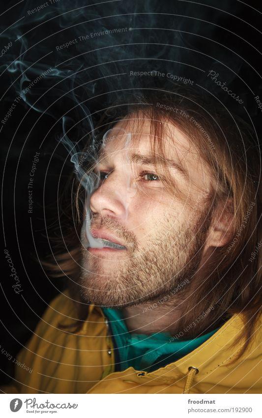 dicke luft Mensch Jugendliche maskulin Coolness authentisch Rauchen Bart Tabakwaren trashig Zigarette Abgas atmen langhaarig Verbote
