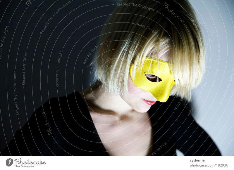 Shy Frau Jugendliche schön Gesicht Erwachsene gelb Leben Stil träumen Feste & Feiern elegant Design Lifestyle Wandel & Veränderung 18-30 Jahre Neugier