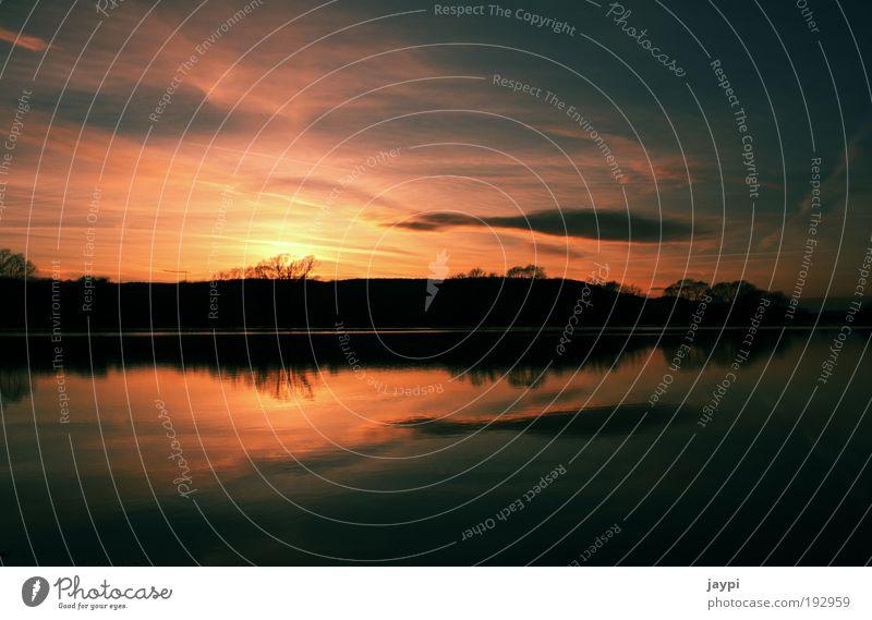 Fulle Umwelt Natur Landschaft Pflanze Wasser Sonnenaufgang Sonnenuntergang Klima schlechtes Wetter Hügel Flussufer Teich See Fulda Hochwasser rot schwarz