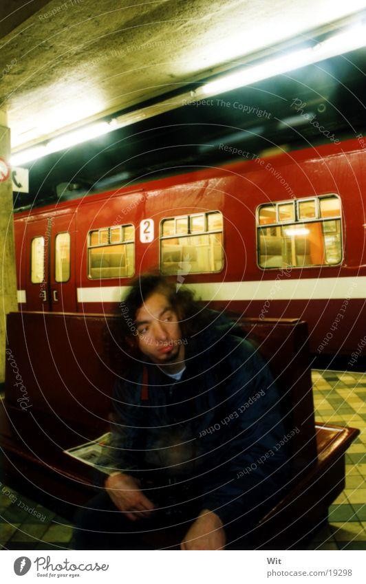 subway Mann U-Bahn September Brüssel