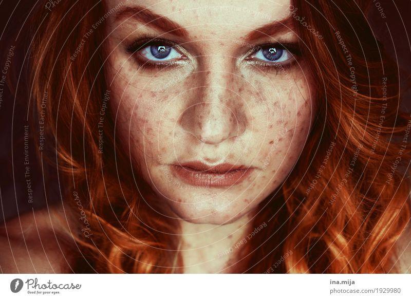I Mensch feminin Junge Frau Jugendliche Erwachsene Schwester Haare & Frisuren Gesicht 1 18-30 Jahre rothaarig langhaarig Locken ästhetisch authentisch