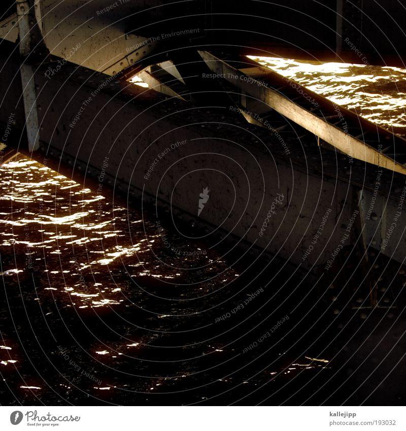 goldrausch Wasser Meer See Wellen Küste Brücke Fluss Seeufer Ostsee Teich Nordsee Flussufer Niete Reflexion & Spiegelung Vogelperspektive Stahlträger
