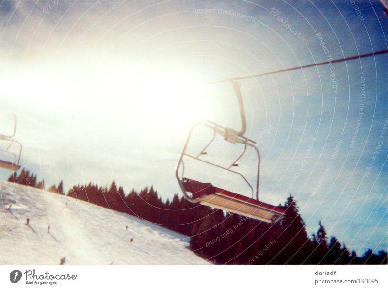 lift me up Himmel Ferien & Urlaub & Reisen blau weiß Sonne Landschaft Ferne Winter kalt Berge u. Gebirge Schnee Sport braun Wetter Freizeit & Hobby Luft