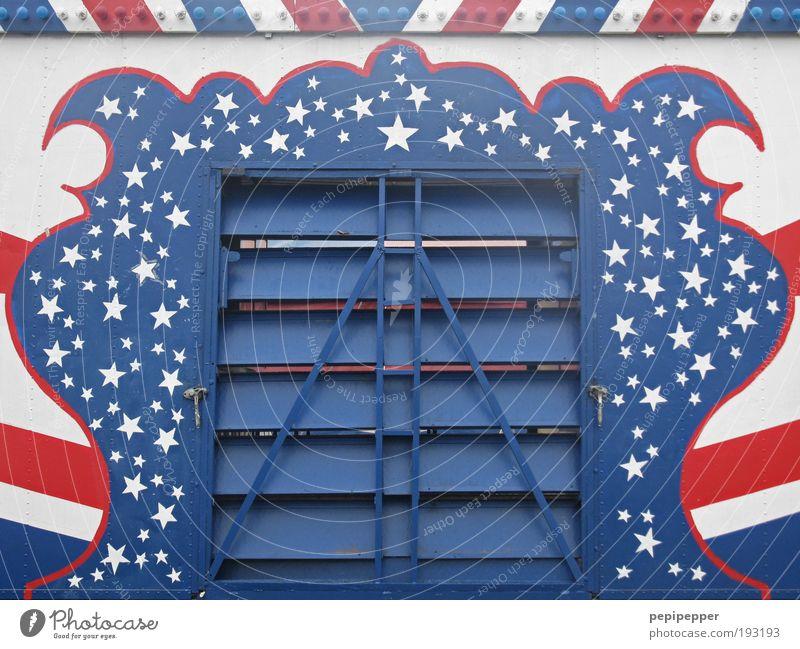 bis zur nächsten Vorstellung Freude Veranstaltung Kunst Künstler Bauchtänzer Zirkus Zoo Show Kleinstadt Wohnmobil Pferdekutsche Tier Wildtier Pfote Fährte