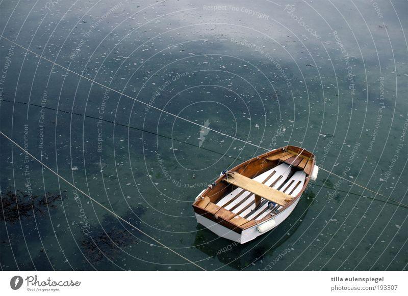 erst recht kein knallrotes gummiboot Natur blau Wasser weiß Ferien & Urlaub & Reisen Meer ruhig Umwelt kalt Freiheit klein Schwimmen & Baden Freizeit & Hobby warten Ausflug Seil