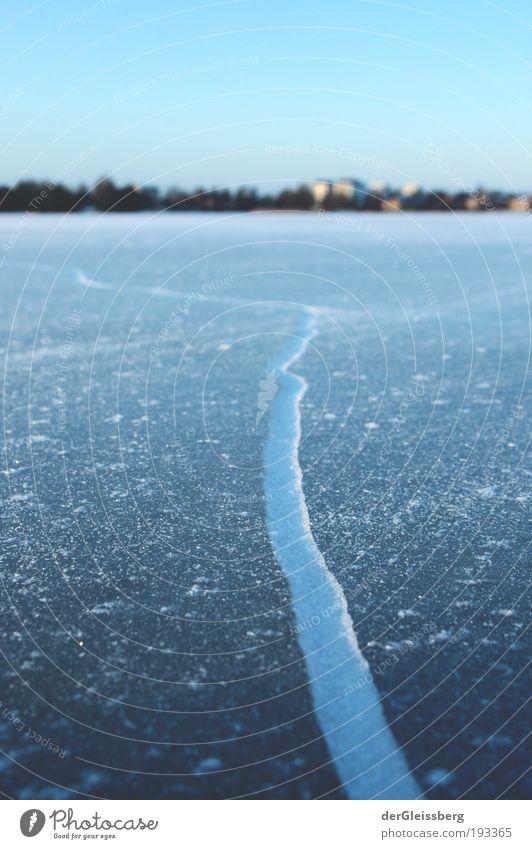 zerbrochene Sicherheit Natur Wasser weiß grün blau Winter grau See Eis Ecke Frost Riss Glätte zerbrechlich Makroaufnahme Glatteis
