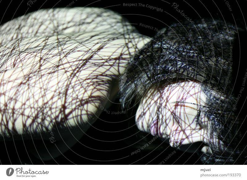 cocoon Mensch Jugendliche schön Gesicht Einsamkeit feminin Gefühle Erwachsene Haare & Frisuren träumen Stimmung Linie Rücken ästhetisch Netzwerk
