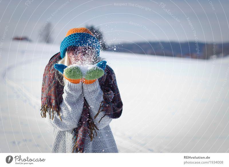 Jule | im schnee Lifestyle Freizeit & Hobby Mensch feminin Junge Frau Jugendliche Erwachsene 1 18-30 Jahre Umwelt Natur Landschaft Winter Schönes Wetter Schnee