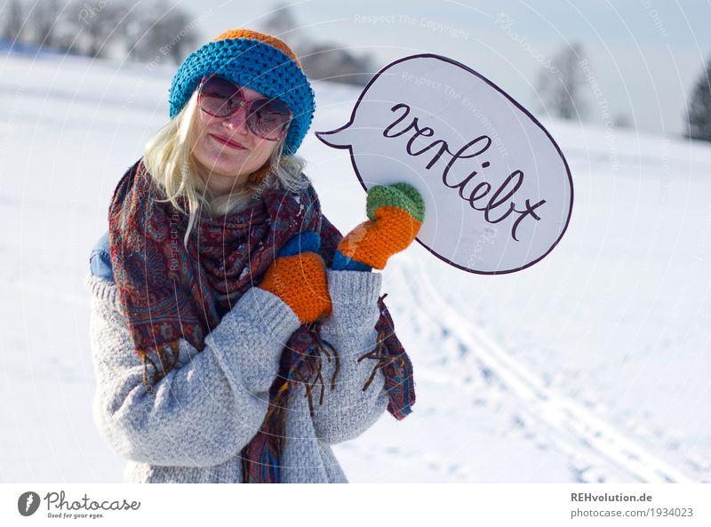 Jule | verliebt Mensch Natur Ferien & Urlaub & Reisen Jugendliche Junge Frau weiß Sonne Landschaft Winter 18-30 Jahre Erwachsene Umwelt kalt Liebe Gefühle