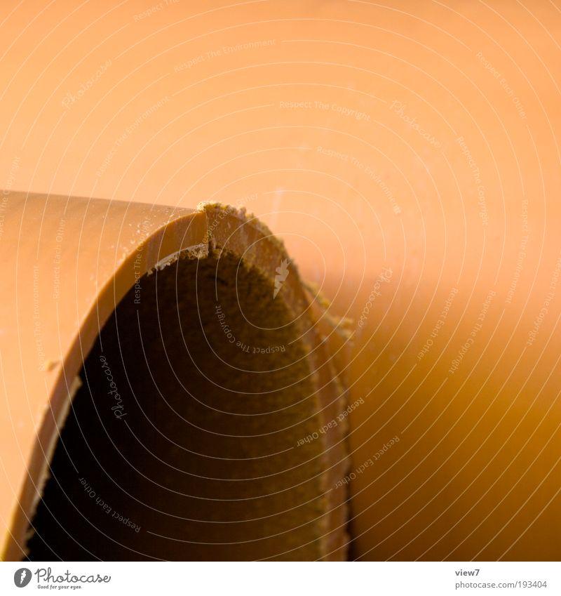 Abschnitt dunkel Linie orange braun dreckig neu Baustelle authentisch Güterverkehr & Logistik einfach dünn Kunststoff Zeichen Röhren Material Rohrleitung