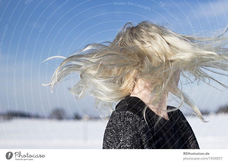 Jule | schüttel dein Haar für mich ... Frau Mensch Natur Jugendliche Junge Frau Landschaft Freude Winter 18-30 Jahre Erwachsene Lifestyle Gesundheit feminin