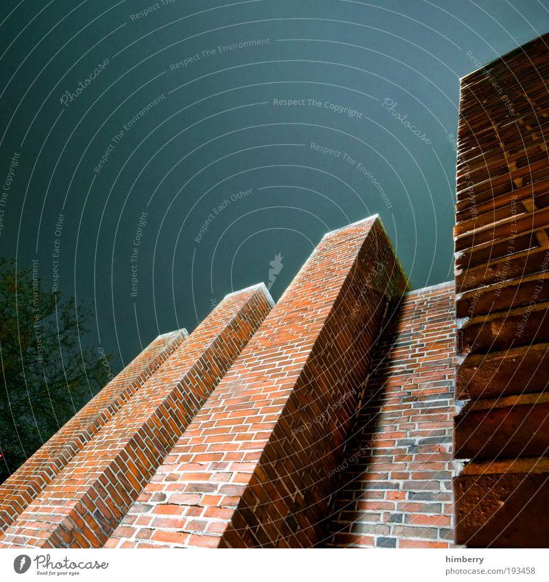 tower defense Stadt Haus dunkel Wand Stein Mauer Gebäude Architektur hoch Fassade bedrohlich Baustelle Dorf Burg oder Schloss Dienstleistungsgewerbe