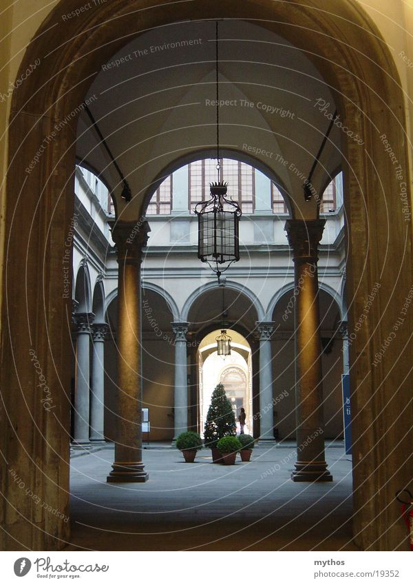 Palazzo in Florenz Haus Architektur Italien Toskana Innenhof Arkaden Florenz