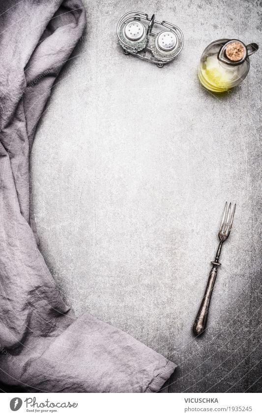 Essen Hintergrund Ernährung Geschirr Becher Flasche Besteck Löffel Stil Design Tisch Restaurant retro Speise Dinge Foodfotografie Hintergrundbild grau Salz