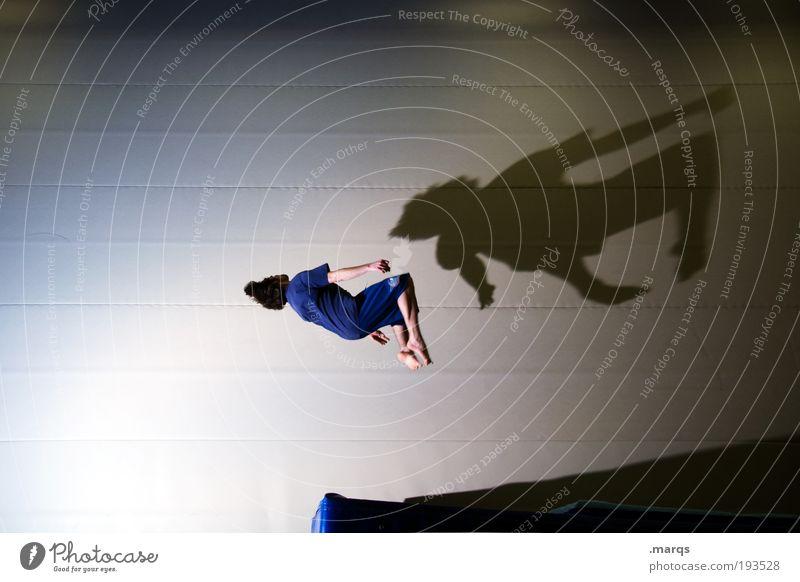 Akro Mensch Jugendliche Sport Leben springen Stil Erwachsene maskulin fliegen Lifestyle Coolness Freizeit & Hobby einzigartig Fitness Konzentration Mut