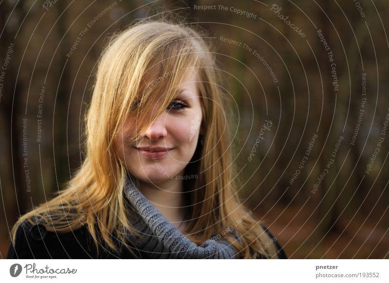 Karen Frau Mensch Jugendliche schön Sommer Freude Erwachsene Gesicht Auge Erholung feminin Leben Kopf Haare & Frisuren Glück