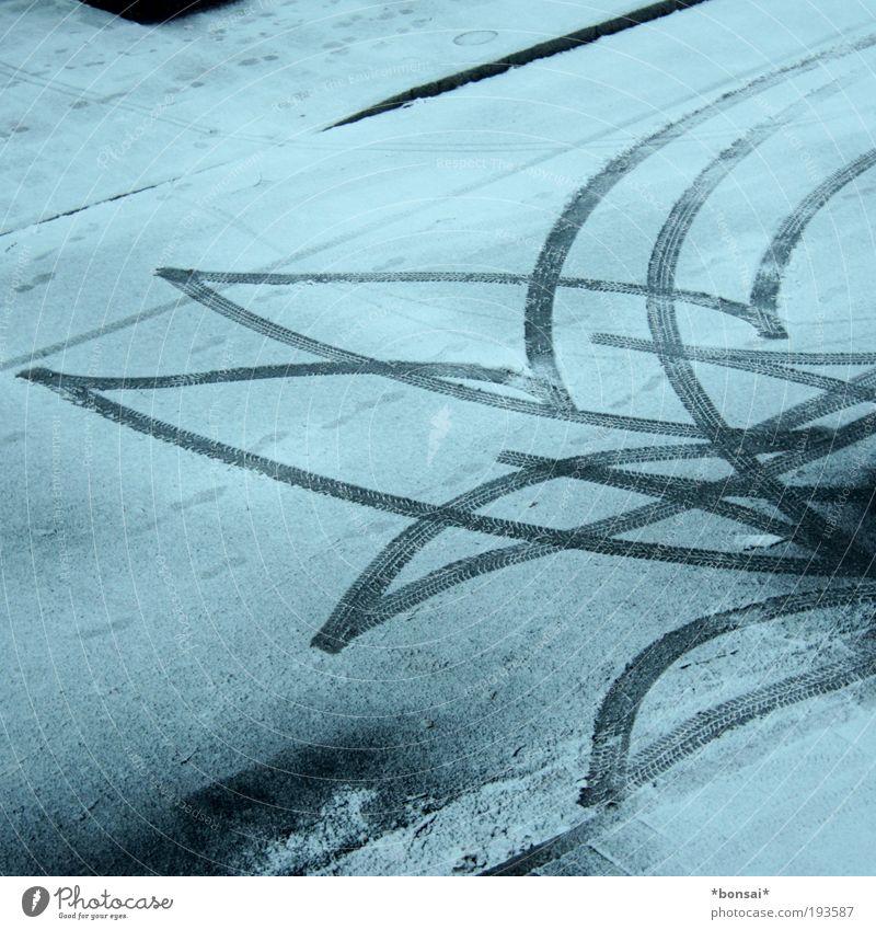 manöver weiß Winter schwarz Straße kalt Schnee Bewegung Eis Frost Verkehrswege Risiko Mobilität frieren Autofahren Reifen