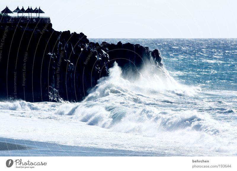 unberechenbar Ferien & Urlaub & Reisen Tourismus Ferne Freiheit Natur Klimawandel Unwetter Wind Sturm Felsen Vulkan Wellen Strand Meer Insel bedrohlich