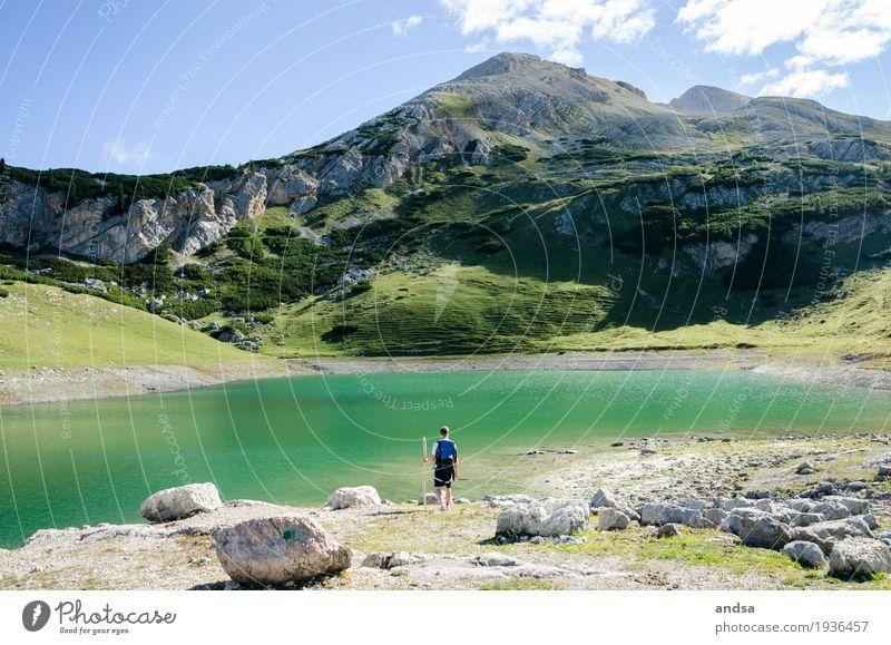 Italien - Dolomiten Mensch Natur Ferien & Urlaub & Reisen Jugendliche Mann Sommer Sonne Junger Mann Landschaft Wolken ruhig Ferne 18-30 Jahre Berge u. Gebirge