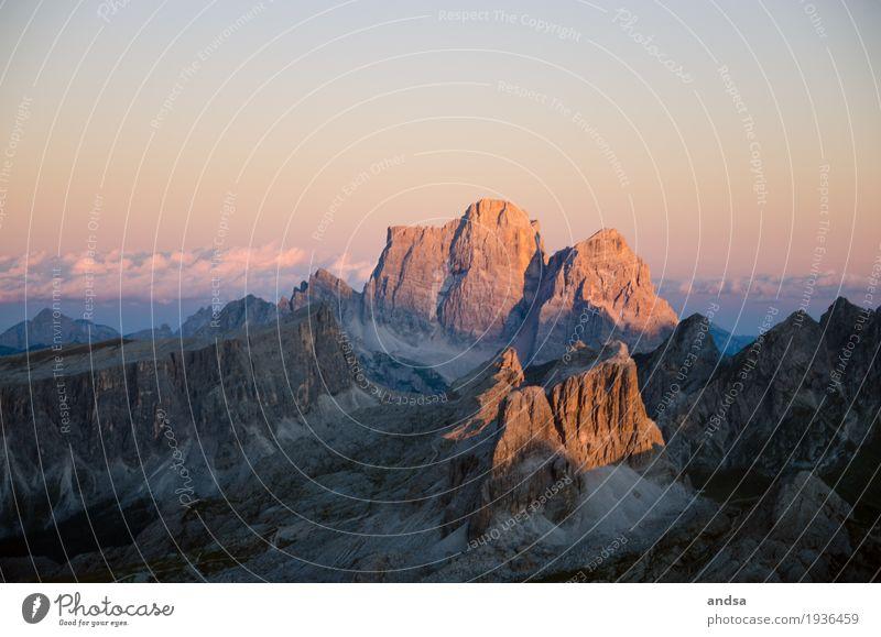 Sonnenaufgang in den Dolomiten Ferien & Urlaub & Reisen Tourismus Ausflug Abenteuer Ferne Freiheit Expedition Berge u. Gebirge wandern Natur Landschaft