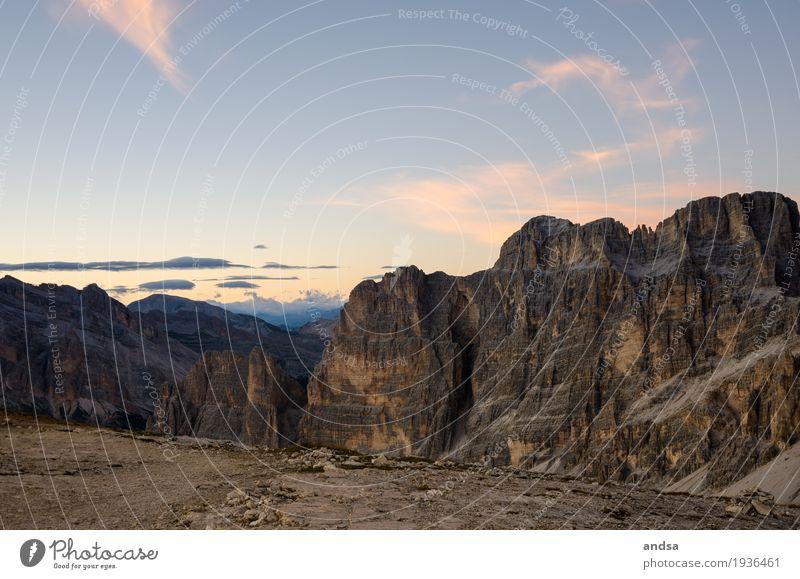 Italien - Sonnenaufgang in den Dolomiten, Lagazuoi 2835m Himmel Natur Ferien & Urlaub & Reisen Sommer Farbe Landschaft Einsamkeit Wolken ruhig Ferne
