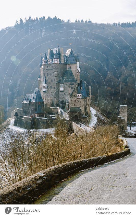 burg eltz Natur alt Landschaft Winter Wald Berge u. Gebirge Umwelt Schnee Gebäude Deutschland braun Fassade wandern Eis Wetter historisch
