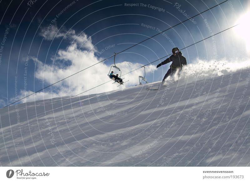 Schneebrettmann Ferien & Urlaub & Reisen Winter Berge u. Gebirge Bewegung Schnee Sport Tourismus Geschwindigkeit abwärts Snowboard Wintersport Winterurlaub Funsport Skilift Skipiste Schneedecke