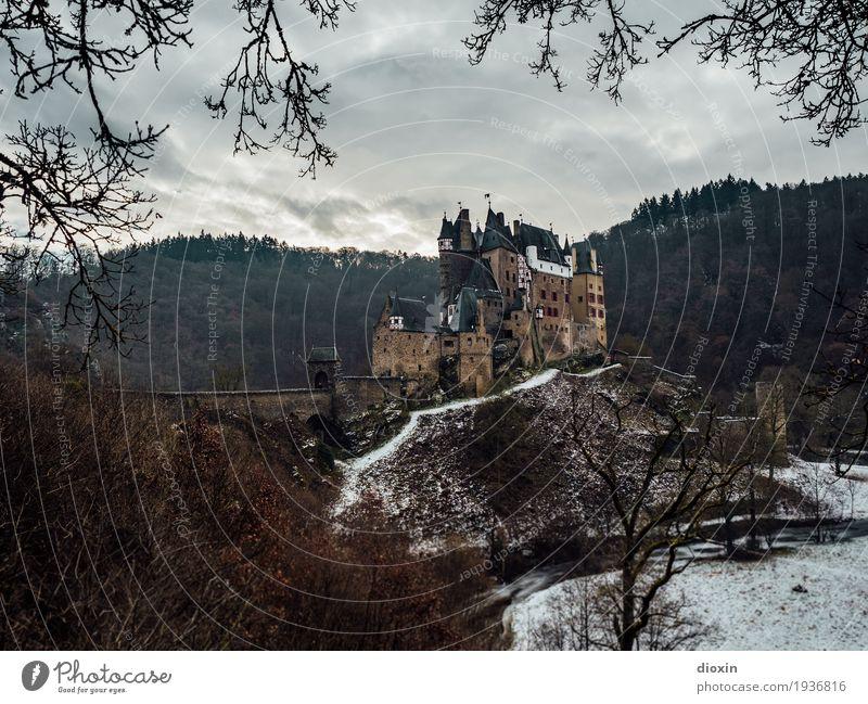 what eltz?! [5] Ferien & Urlaub & Reisen alt Winter Wald Berge u. Gebirge Schnee Gebäude außergewöhnlich Tourismus Ausflug authentisch hoch historisch Schutz